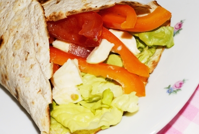 Tortillas cu legume si mozzarella