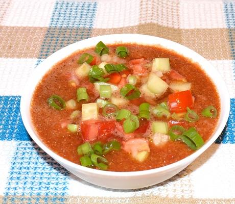 Supa gaspacho de rosii